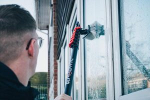 Famous 10 Window Cleaners Manchester UK